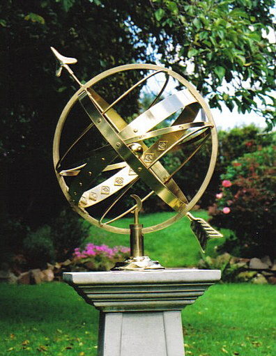 Illustrated catalogue of horizontal and armillary sundials